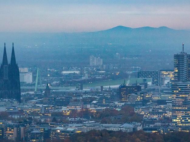 Corona in Köln: Inzidenz fällt unter 120er Marke