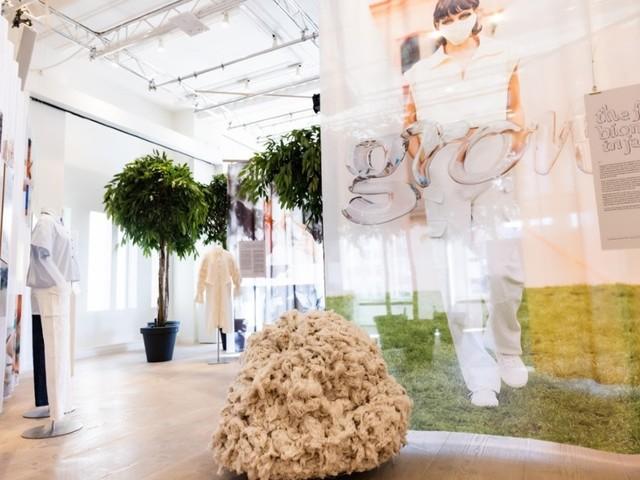 Neue Fashion for Good Ausstellung 'Grow' stellt Biomaterialien vor