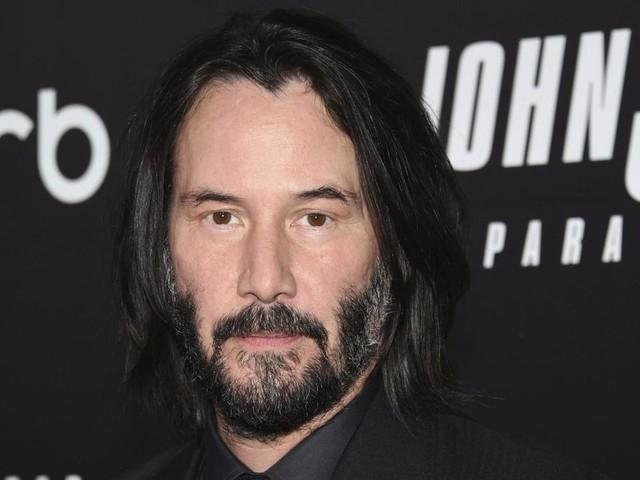 "Neo kommt zurück – Keanu Reeves dreht ""Matrix 4"""