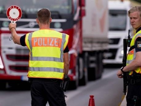 Ökonomen kritisieren bayerische Grenzkontrollen