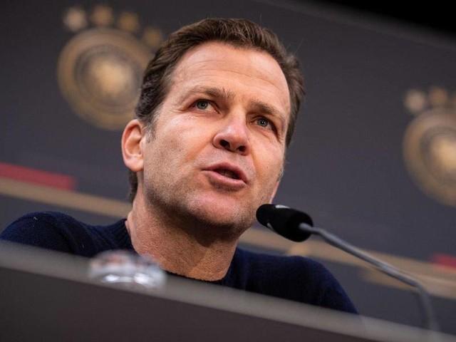 DFB-Direktor: Bierhoff: Fußball und Nationalmannschaft nicht abgehoben