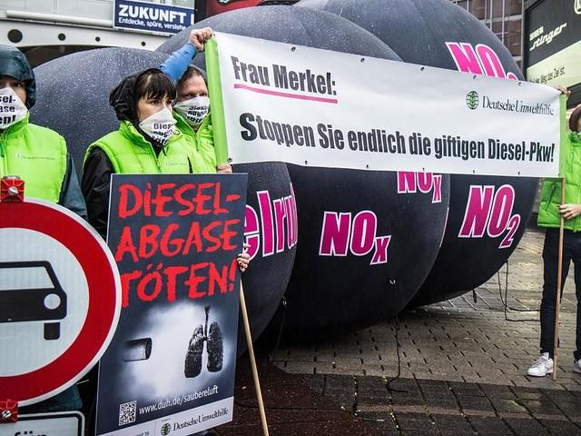 Fördergeld und Abmahnungen - Finanzierung für die Diesel-Kläger: Wie Ihre Steuergelder zur Umwelthilfe fließen