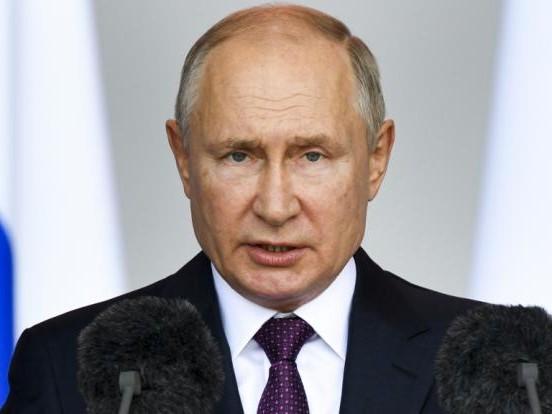 Wladimir Putin: Kreml-Chef außer sich! DARUM legt er sich mit Google und Apple an