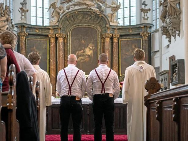 Homoehe: Homoehe: Priester kritisieren Erzbistum wegen Spitzelei