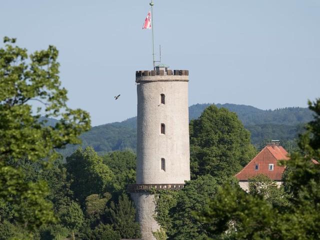 """Eine Million Euro für """"Beweis"""" der Bielefeld-Verschwörung ausgelobt"""