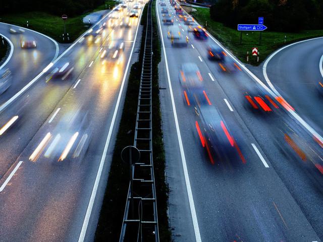 Regierungskommission schlägt Tempolimit für Autobahnen vor