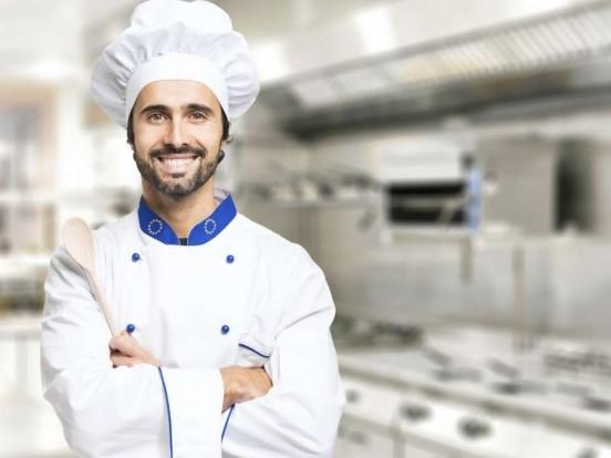 """""""Das große Promibacken"""" bei Sat.1 nochmal sehen: Wiederholung des Kochduell im TV und online"""