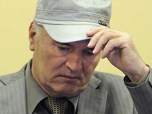 """RatkoMladic - Völkermord von Srebrenica: Gericht fällt Urteil über den """"Schlächter vom Balkan"""""""