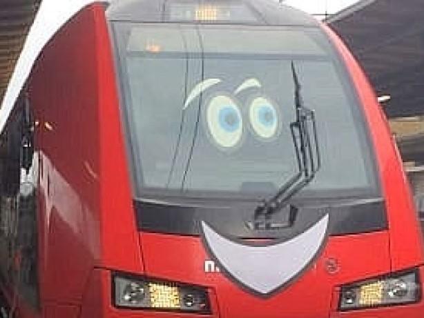 """Zugverkehr: """"Trainy McTrainface"""" fährt jetzt von Göteborg nach Stockholm"""
