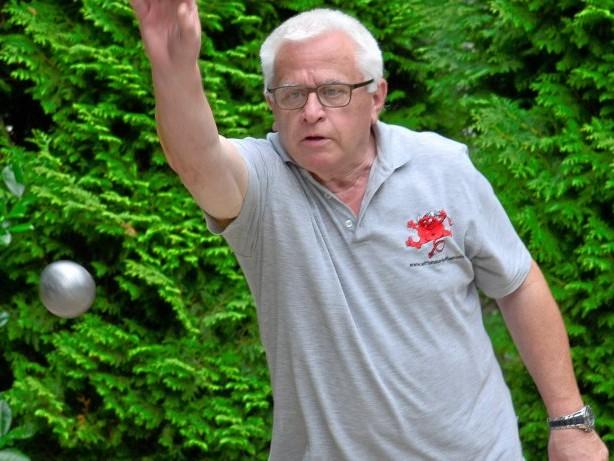 Neues Hobby: Lauenburger Senioren laden zum Boulespiel