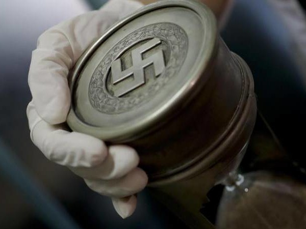 Kritik an Auktion: Nazi-Gegenstände werden versteigert