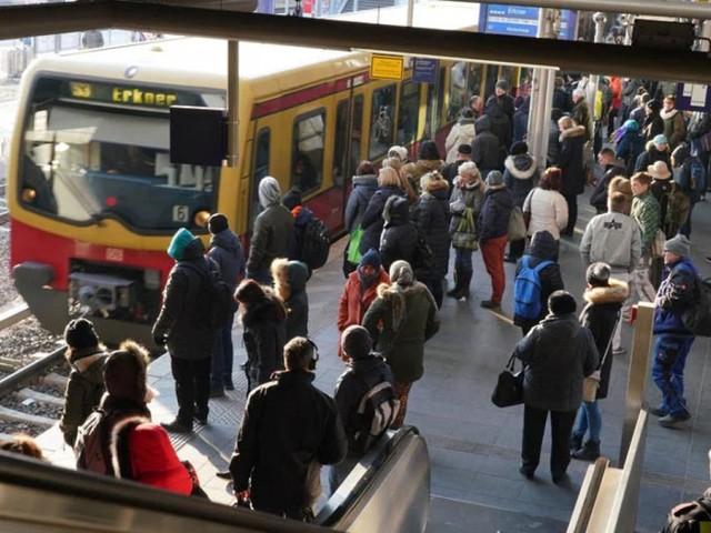 Infostelle im Internet zu Fahrradparkplätzen an Bahnhöfen kommt