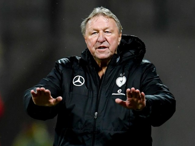 Trainer freigestellt: Klub-Legende Hrubesch soll HSV-Saison retten