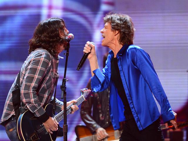 """Hier anhören: Mick Jaggers und Dave Grohls neuen gemeinsamen Song """"Eazy Sleazy"""""""