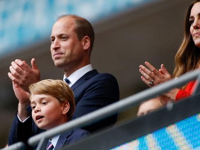 Prinz George - Renommierte Autorin ist sich sicher: Kates und Williams Sohn wird nie König werden