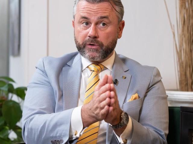 FPÖ-Mandatar packt aus: Hofer isoliert, Klub auf Kickl-Linie, kein Wechsel zur ÖVP