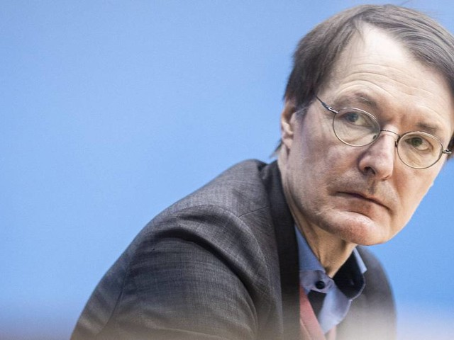 "Lauterbach über Aiwanger: ""Stellt sich gegen den Konsens der Wissenschaft"""