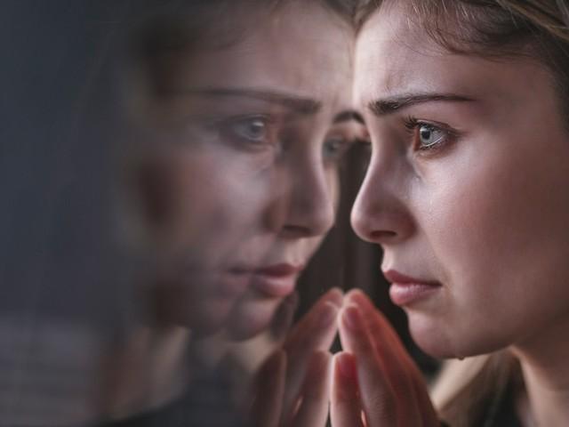 Leben im Panikmodus - Geht bis zu Brustamputation ohne Befund: Wie Sie aus der Krankheitsangst-Spriale kommen