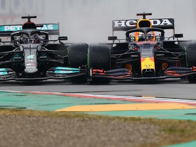"Red Bull greift an: ""Endlich hat Hamilton echte Konkurrenz"""