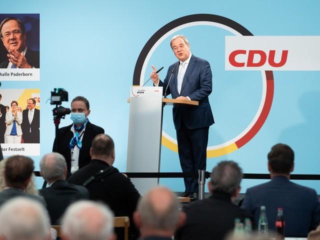 """Bundestagswahl im News-Ticker – Laschet rechnet mit """"knapper Wahl"""" ++ FDP-Spitze wirbt für Jamaika-Koalition auch bei Wahlsieg der SPD"""