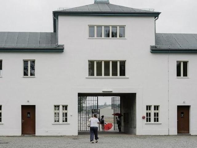 Firma aus Cottbus - Skandal in Brandenburg: Neonazi-Wachdienst bewachte KZ-Gedenkstätte Sachsenhausen