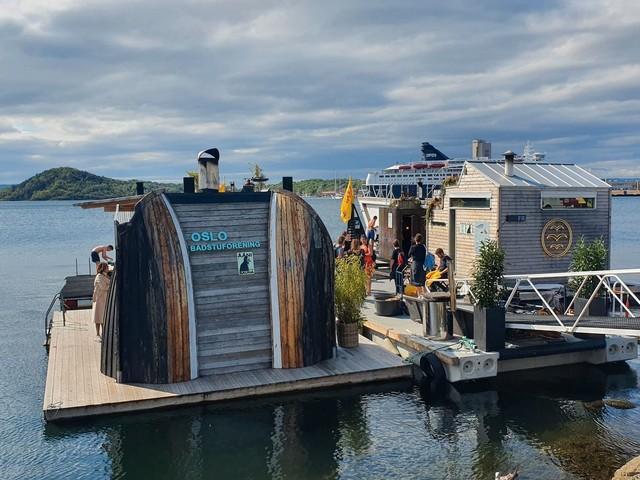 Oslo hat nun schwimmende Saunas – mit Blick auf Fjord und City