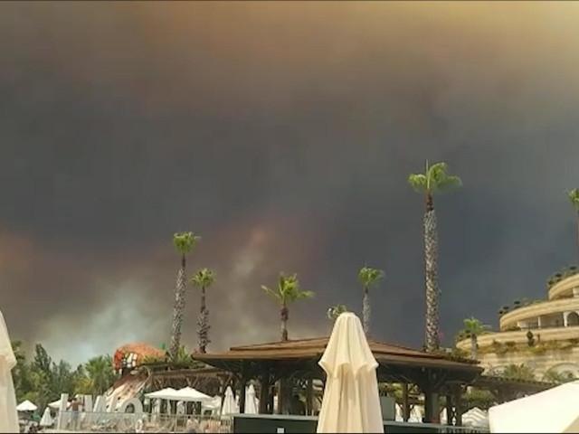 Türkei: Mehrere Waldbrände in Urlaubsregion Antalya ausgebrochen
