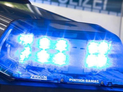 Polizei kommt: Gestohlenes Fahrrad fliegt von Balkon