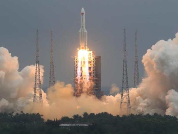 Raumfahrt: Trümmer chinesischer Rakete in Indischen Ozean gestürzt