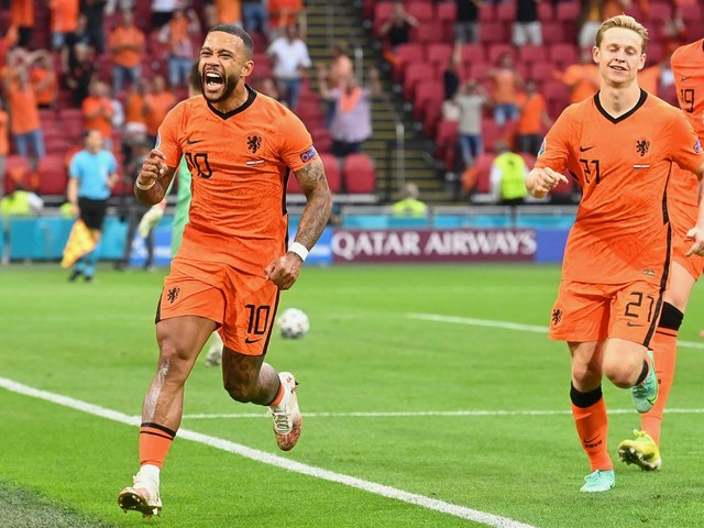 """Spiel in Amsterdam: """"Wir wollen mehr"""": Niederlande stürmen ins Achtelfinale – Österreich muss zittern"""