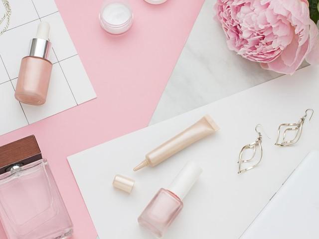 5 Gründe: Experte verrät: Dieses Beautyprodukt sollten wir alle das ganze Jahr verwenden
