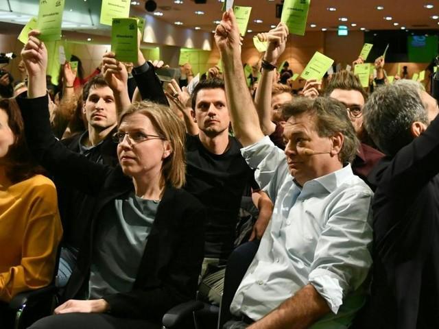 """Motto beim Grünen Bundeskongress: Erfolge feiern und """"durchtauchen"""""""
