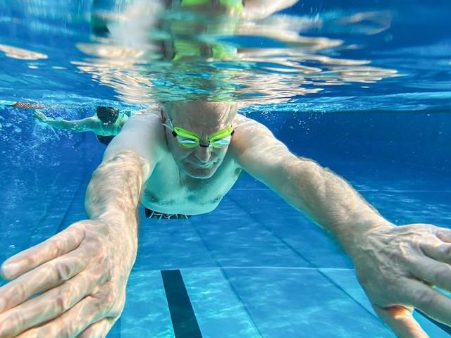 Diese Apps helfen bei der Suche nach dem besten Schwimmbad