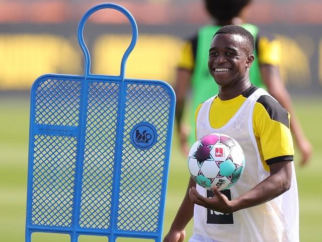 """Leg dich ins Grab"": Rassismus-Eklat gegen Fußball-Wunderkind"