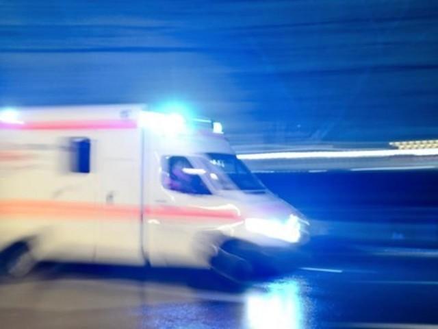 Angriff auf Rettungswagen im Einsatz – Radmuttern gelöst