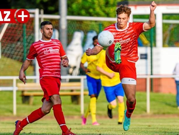 Fußball Testspiel: TuS Hattingen unterliegt Landesligist im Test knapp