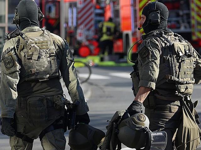 Hatte Frau in der Gewalt - Kölner Geiselnehmer gibt sich als Sympathisant der Terrormiliz IS aus