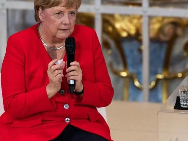 CDU hat zu abwehrend reagiert: Merkel kritisiert eigene Partei für Umgang mit Rezo-Video