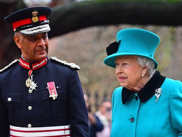 """Britisches Königshaus: Die Queen unterstützt angeblich """"Black Lives Matter"""""""