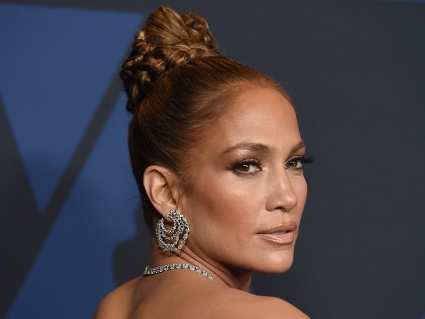 Instagram-Post: Offiziell verliebt: Jennifer Lopez küsst Ben Affleck