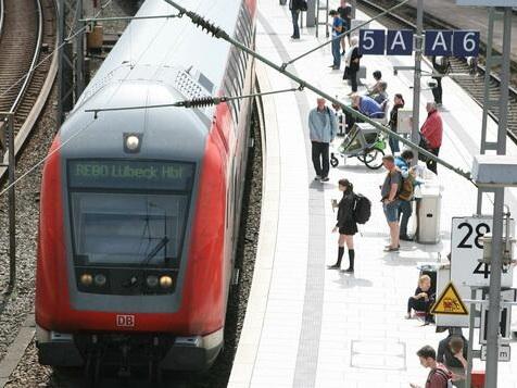 Bahn und Lokführer einigen sich auf Tarifvertrag