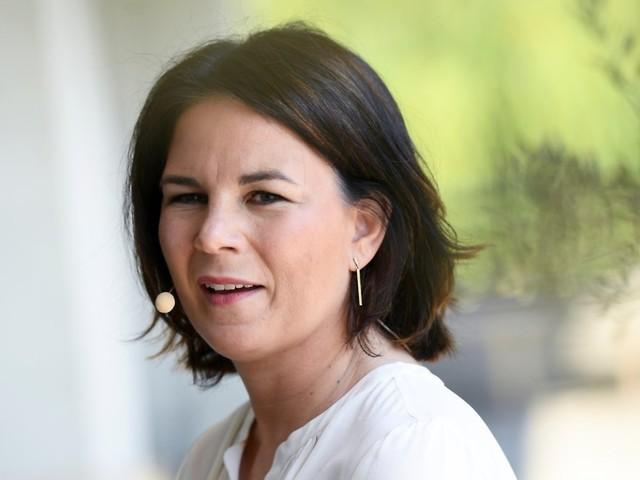 """Baerbock stellt ihr Buch vor: """"Wahlkampf kommt auch von Kämpfen"""""""