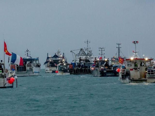 Paris droht London mit Vergeltung - Streit um Fischereirechte spitzt sich zu