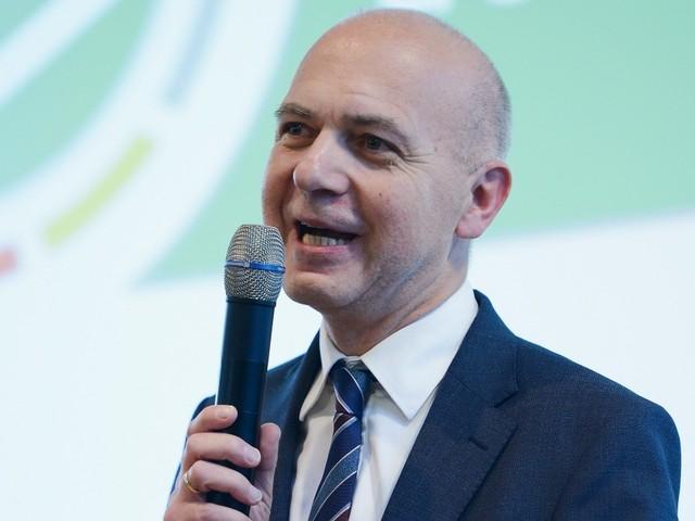 DFB: Neuendorfs Chancen steigen