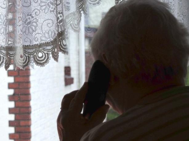 Kriminalität: Falsche Fernsehtechniker bringen Seniorin um ihr Bargeld
