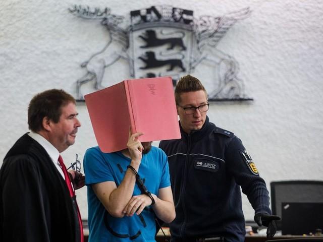 Landgericht Stuttgart: Kita-Mitarbeiter angeklagt: Kleinkinder in Kita sexuell missbraucht