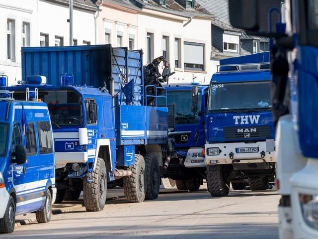THW-Mitarbeiter mit Müll beworfen und beschimpft