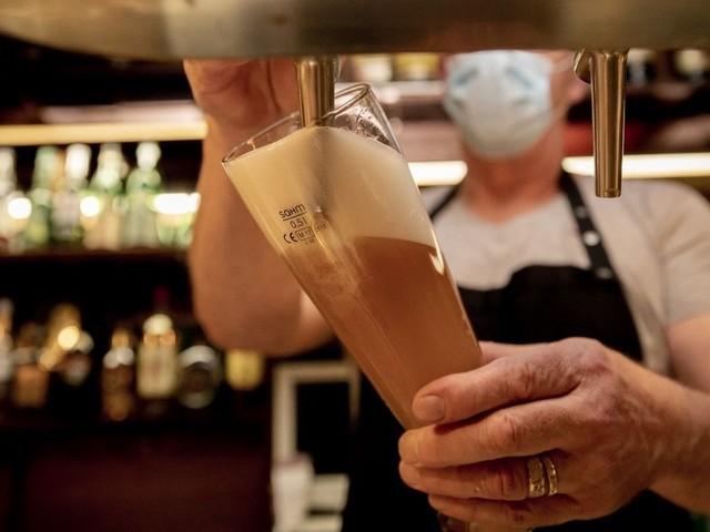 Lockdown ängstigt Gastronomen: Bald jeder dritte Betrieb pleite?