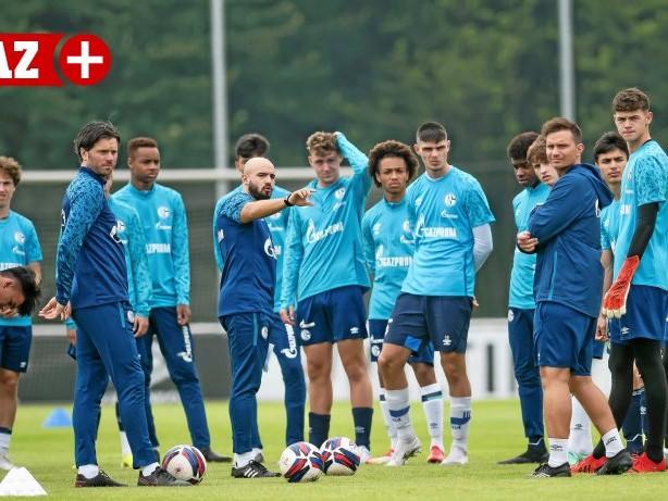Knappenschmiede: Schalker U17 mit 3:0-Sieg, Torwart bei DFB-Lehrgang verletzt