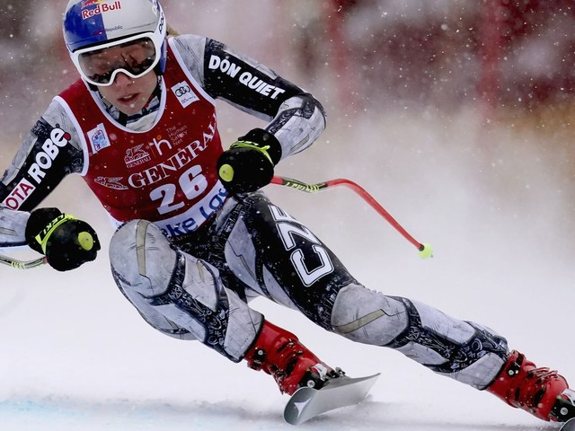Ski-Weltcup in Lake Louise: Ledecka gewinnt Abfahrt, Rebensburg knapp am Podest vorbei